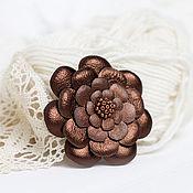 Украшения ручной работы. Ярмарка Мастеров - ручная работа Брошь-цветок из бронзово-коричневой кожи. Handmade.
