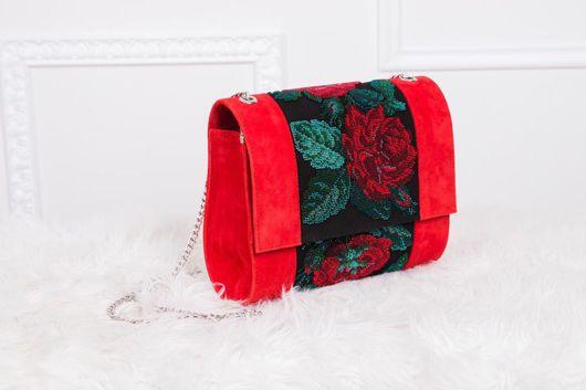 Женские сумки ручной работы. Ярмарка Мастеров - ручная работа. Купить Клатч вышитый бисером Красные розы. Handmade. Бедокурова