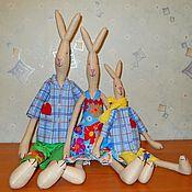 """Куклы и игрушки ручной работы. Ярмарка Мастеров - ручная работа """"Дружная семейка-2"""". Худые зайцы Тильды. Handmade."""