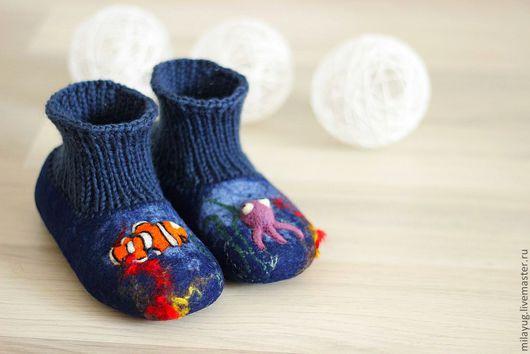 """Обувь ручной работы. Ярмарка Мастеров - ручная работа. Купить """" Рыбка Немо """" тапочки детские валяные. Handmade."""
