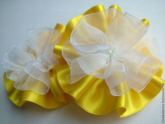 `Луч солнца золотого`. Нарядные бантики из лент. Резиночки для волос. Бантики для волос