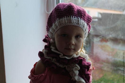 Комплект осенне-весенний: берет и шарфик