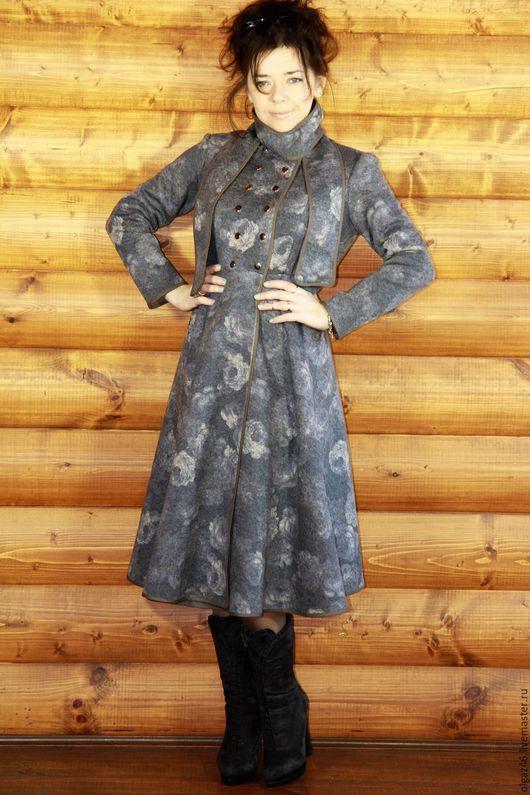 """Верхняя одежда ручной работы. Ярмарка Мастеров - ручная работа. Купить Пальто шерстяное ниже колена """"Шерстяные Розы"""". Handmade."""
