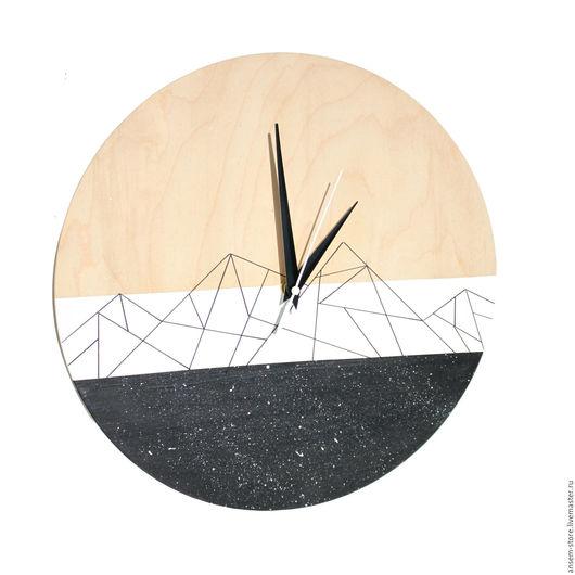Часы для дома ручной работы. Ярмарка Мастеров - ручная работа. Купить Часы из дерева Вест горы. Часы настенные. Handmade.