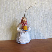 Подарки к праздникам ручной работы. Ярмарка Мастеров - ручная работа Колобок. Ватные елочные игрушки. Handmade.