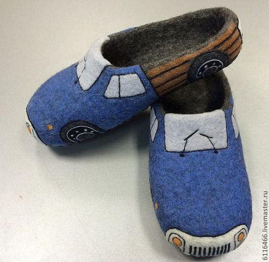Обувь ручной работы. Ярмарка Мастеров - ручная работа. Купить домашние валяные тапочки из натуральной шерсти ГАЗ 53. Handmade.