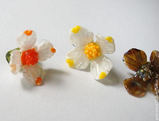Для украшений ручной работы. Ярмарка Мастеров - ручная работа. Купить Цветы цитрусов лэмпворк ручной работы / Цветочные бусины. Handmade.