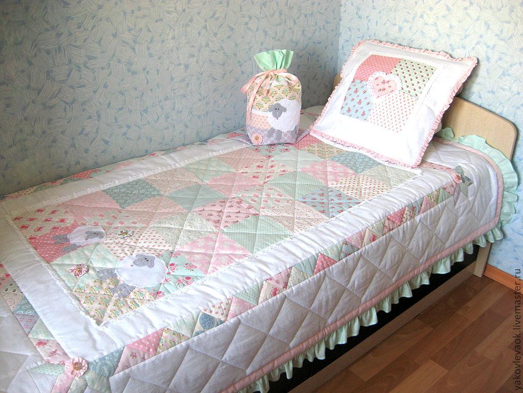 """Купить Комплект для детской """"Шебби-шик"""" - лоскутное одеяло, детское лоскутное одеяло, пэчворк"""