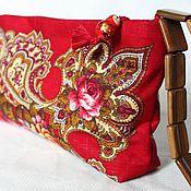 Русский стиль ручной работы. Ярмарка Мастеров - ручная работа Женская сумочка-клатч из  павлопосадского платка. Handmade.