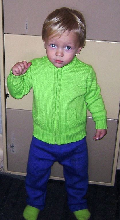 Одежда для мальчиков, ручной работы. Ярмарка Мастеров - ручная работа. Купить Вязаная кофта, штаны и носочки для детей. Handmade.