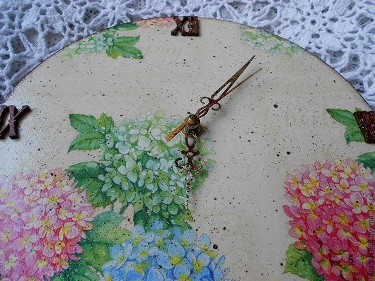 """Часы для дома ручной работы. Ярмарка Мастеров - ручная работа. Купить Часы """"Гортензия"""". Handmade. Бежевый, гортензия"""