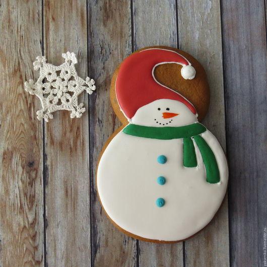 Кулинарные сувениры ручной работы. Ярмарка Мастеров - ручная работа. Купить Пряник Снеговик. Handmade. Комбинированный, снеговик, пряник на новый год