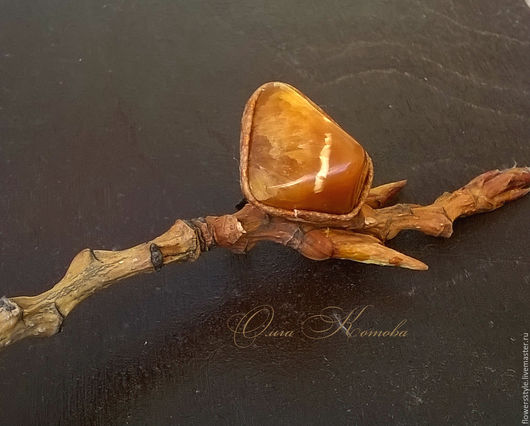 Кольца ручной работы. Ярмарка Мастеров - ручная работа. Купить Кольцо с медовым симбирцитом Кусочек солнца кольцо из кожи. Handmade.
