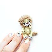 Куклы и игрушки ручной работы. Ярмарка Мастеров - ручная работа Миниатюрный львенок амигуруми 4,5 см вязаная игрушка. Handmade.