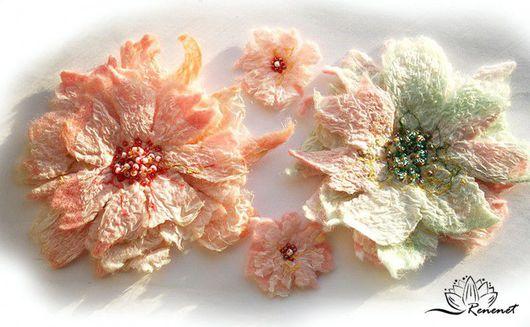 """Броши ручной работы. Ярмарка Мастеров - ручная работа. Купить """"Гербарий"""" - броши из серии """"Fleur"""" (техника nuno. Handmade."""