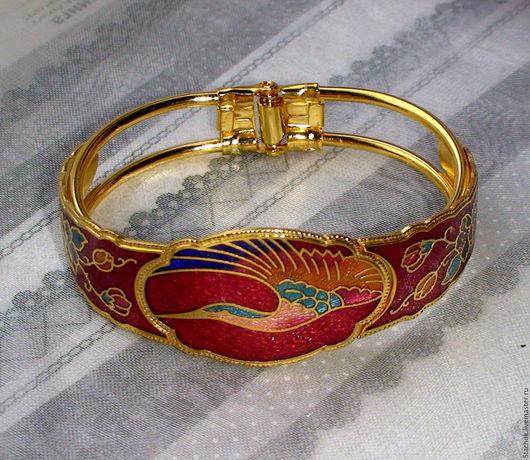 """Винтажные украшения. Ярмарка Мастеров - ручная работа. Купить Браслет """"Журавль на красном"""" под золото,клуазоне (Тайвань-Китай). Handmade."""
