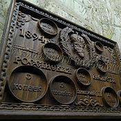 Панно ручной работы. Ярмарка Мастеров - ручная работа Резное панно - монетница для нумизматов из дерева. Handmade.
