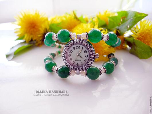 Часы ручной работы. Ярмарка Мастеров - ручная работа. Купить Часы женские на руку Яркое Лето кварцевые, зеленый браслет. Handmade.
