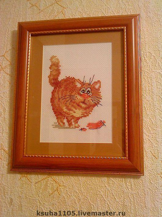 """Животные ручной работы. Ярмарка Мастеров - ручная работа. Купить картина """"кот с сосиской"""". Handmade. Хлопковое мулине"""