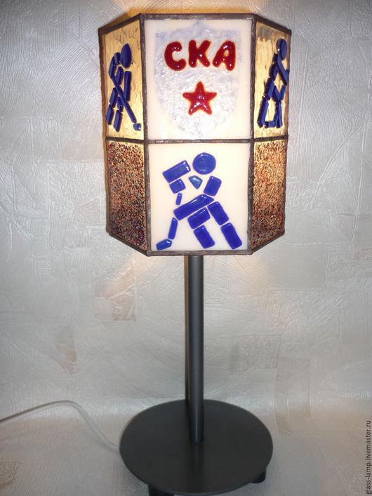 Освещение ручной работы. Ярмарка Мастеров - ручная работа. Купить Настольный светильник ,,СКА-хоккейный клуб''. Handmade. Техника тиффани