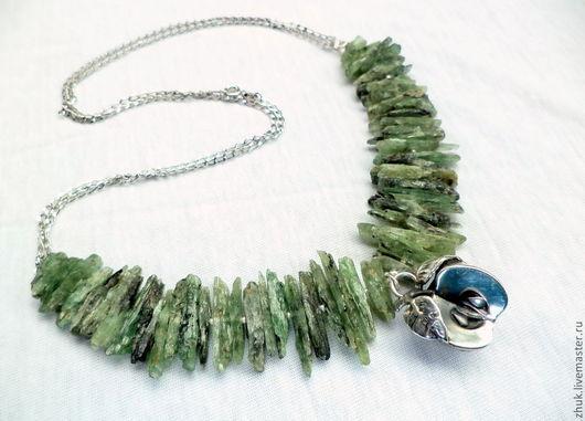 """Колье, бусы ручной работы. Ярмарка Мастеров - ручная работа. Купить Ожерелье """"Дичок"""". Handmade. Тёмно-зелёный, кианит"""