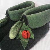 "Обувь ручной работы. Ярмарка Мастеров - ручная работа Валяная домашняя обувь "" Огурцы на грядке""  сделаю на заказ. Handmade."