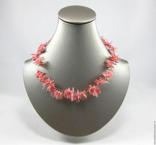 Колье, бусы ручной работы. Ярмарка Мастеров - ручная работа. Купить Колье из натурального коралла на ювелирной струне. Handmade.