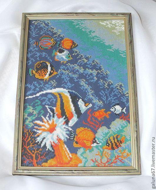 """Пейзаж ручной работы. Ярмарка Мастеров - ручная работа. Купить """"Морское дно"""" вышитая картина. Handmade. Море, кораллы, стекло"""
