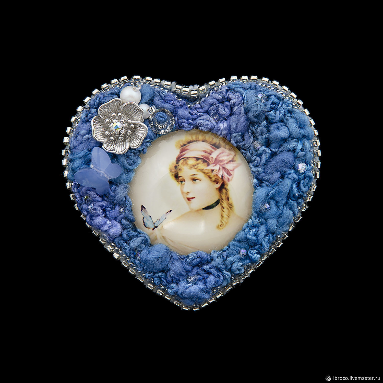 Броши ручной работы. Ярмарка Мастеров - ручная работа. Купить Брошь 'Сердце синие' (брошь,девушка,синий, сердце). Handmade.