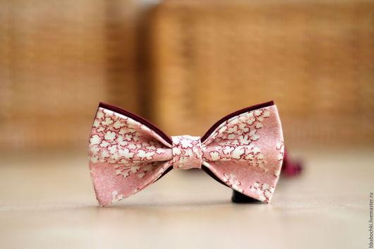 Галстуки, бабочки ручной работы. Ярмарка Мастеров - ручная работа. Купить Бабочка пыльно-розовая с орнаментом детская/взрослая. Handmade.