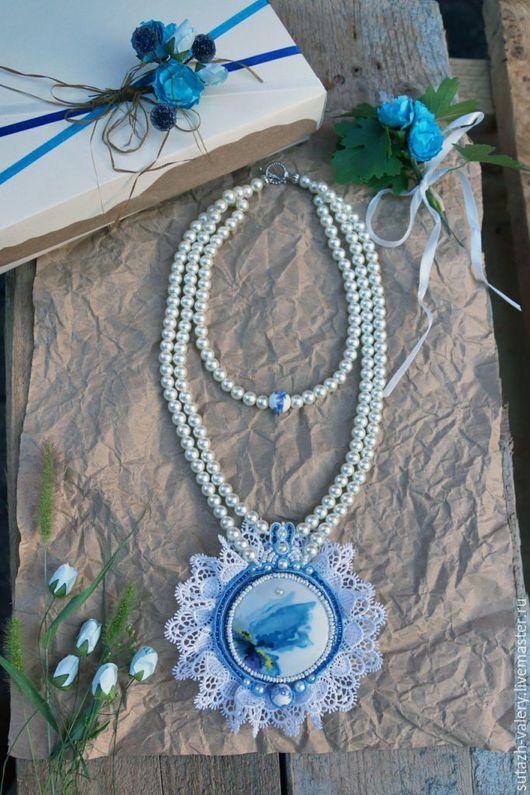 Колье, бусы ручной работы. Ярмарка Мастеров - ручная работа. Купить Колье с кружевом и керамическим элементом Голубая даль. Handmade.