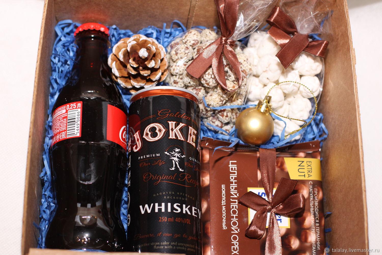 Купить подарок мужчине почтой россии заказ цветов кемерово промышленная