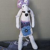 Куклы и игрушки ручной работы. Ярмарка Мастеров - ручная работа Вязаный крыс Гаврюша в берете и шортах. Handmade.