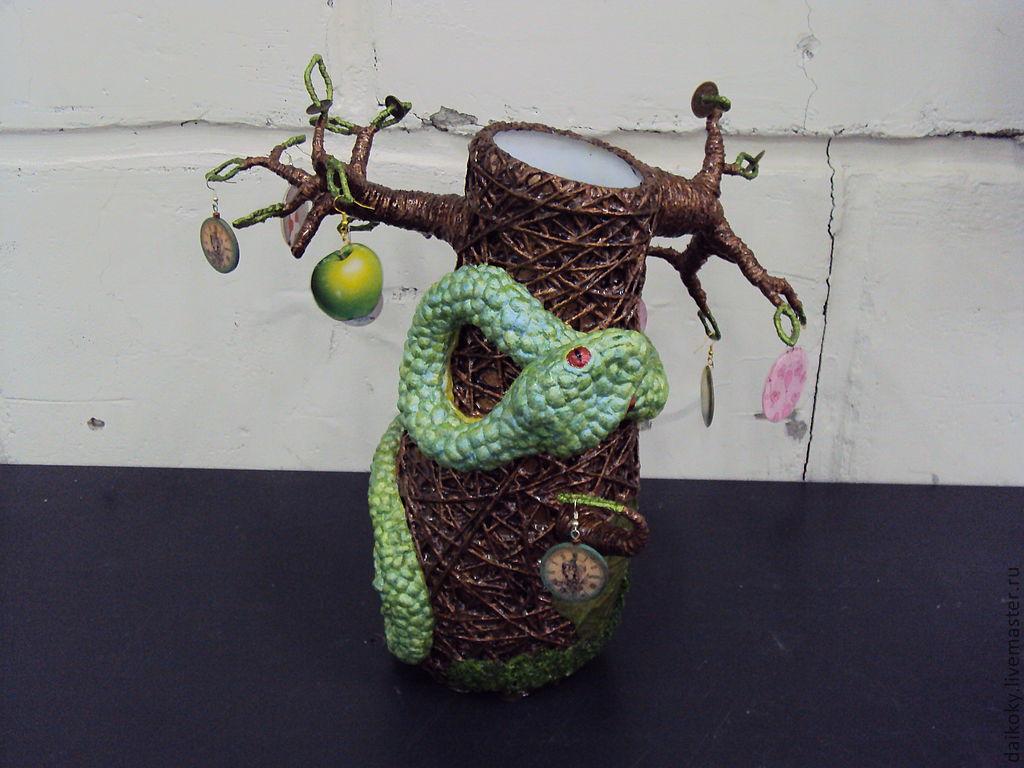 """Ваза """"Змея охраняет денежное дерево"""""""