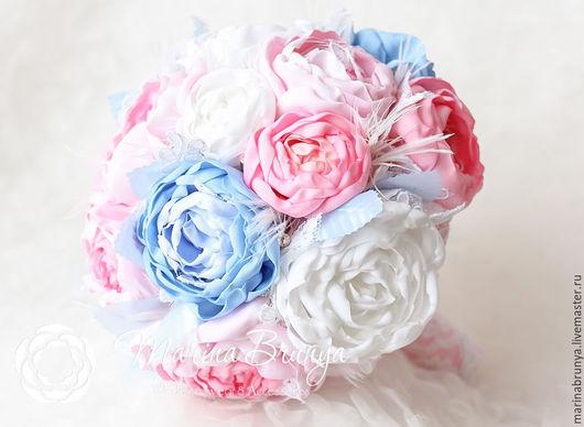 Свадебные цветы ручной работы. Ярмарка Мастеров - ручная работа. Купить Брошь-букет РОЗОВЫЙ + ГОЛУБОЙ. Handmade. Розовый