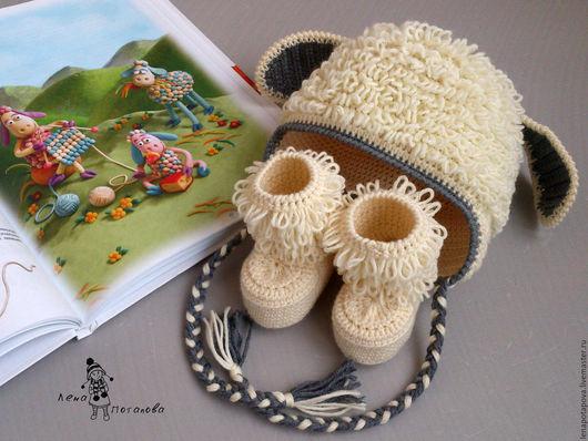 """Для новорожденных, ручной работы. Ярмарка Мастеров - ручная работа. Купить Комплект """"Бяшка-Барашка"""", шапочка и пинетки. Handmade. Белый"""
