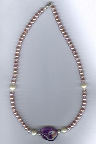 лавандовый и белый жемчуг, серебро, аметист