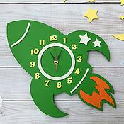 Часы ручной работы. Ярмарка Мастеров - ручная работа Часы в детскую Ракета. Handmade.