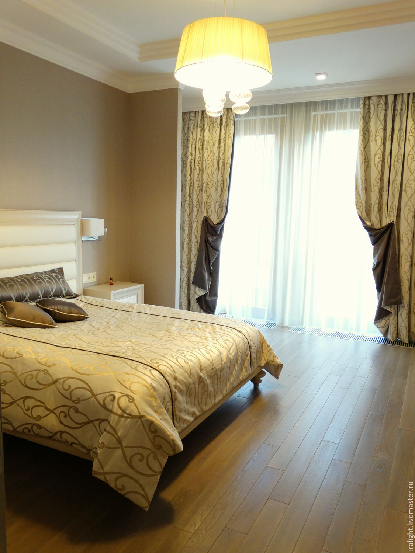Спальня с стиле Ар-Деко.   Шторы в спальню. Покрывало на кровать.  Декоративные подушки. Шторы на заказ.   Индивидуальный дизайн.