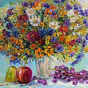 """Картины и панно ручной работы. Ярмарка Мастеров - ручная работа Картина букет цветов """"Полевые Цветы и Фрукты"""" масло холст. Handmade."""