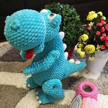 Куклы и игрушки ручной работы. Ярмарка Мастеров - ручная работа Игрушки: Детская мягкая вязанная игрушка Динозавр Рекс. Handmade.