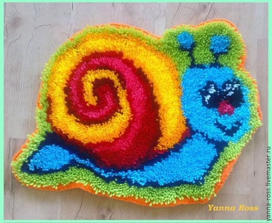 Детская ручной работы. Ярмарка Мастеров - ручная работа. Купить Детский коврик Улитка. Handmade. Коврик для детской, ковровая вышивка
