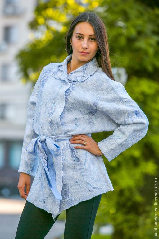 Верхняя одежда ручной работы. Ярмарка Мастеров - ручная работа. Купить Жакет  из шерсти Голубая дымка. Handmade. Голубой