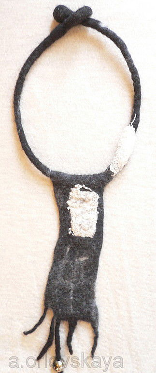 Колье, бусы ручной работы. Ярмарка Мастеров - ручная работа. Купить бусы валяные и браслет. Handmade. Авторские украшения