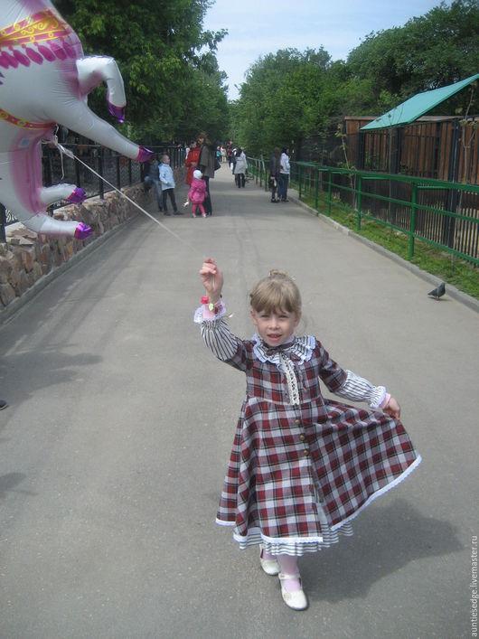 Платье детское в стиле ретро