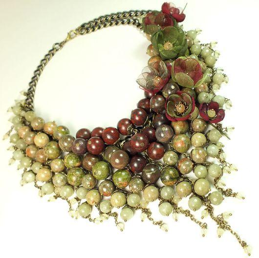 Колье, бусы ручной работы. Ярмарка Мастеров - ручная работа. Купить Осеннее Парфе. Колье из натуральных камней, цветы. Handmade.
