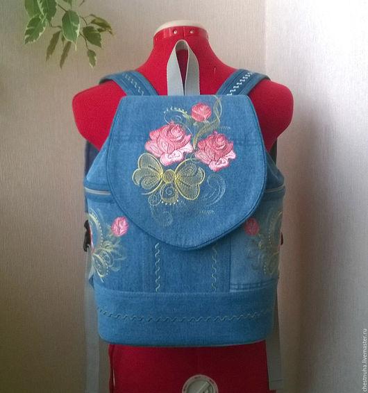 Рюкзаки ручной работы. Ярмарка Мастеров - ручная работа. Купить Рюкзак джинсовый Розовые розы. Handmade. Голубой, рюкзак, подарок