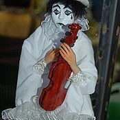 Куклы и игрушки ручной работы. Ярмарка Мастеров - ручная работа Кукла из полимерной глины Пьеро. Handmade.