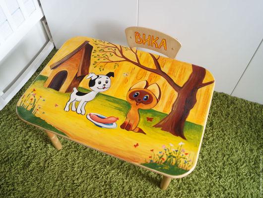 Набор детской мебели для любителей советских мультфильмов. Возможна любая роспись по запросу