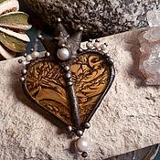 Украшения handmade. Livemaster - original item Brooch Heart of the Golden Queen (bro-021). Handmade.